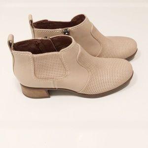 """Dansko Lola Beige Leather Ankle Booties """"Like New"""""""